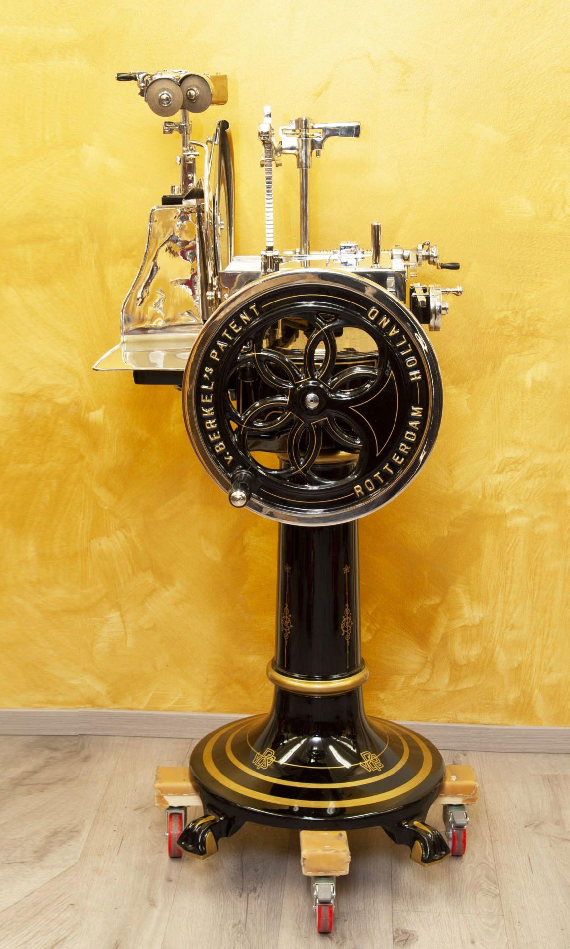 Berkel slicing machine model 3 black