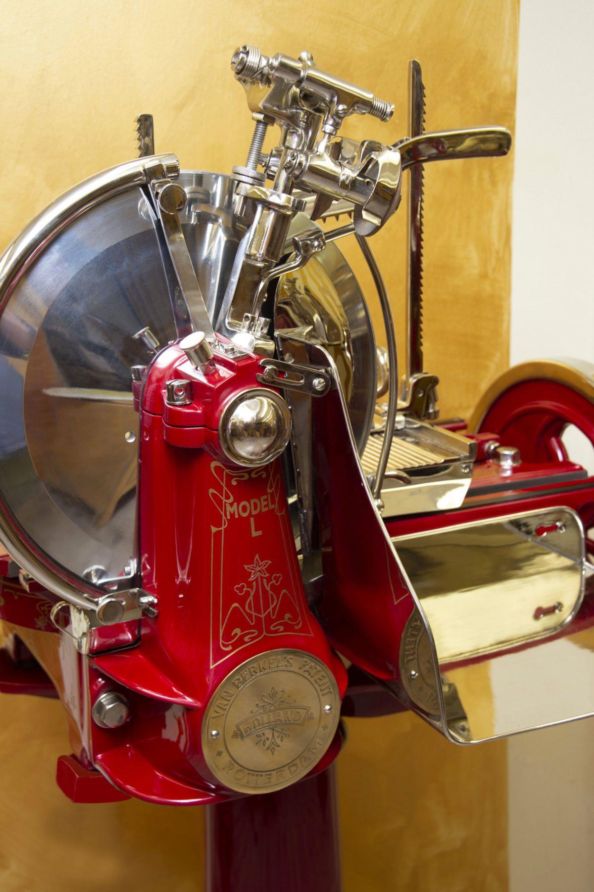 Berkel slicing machine model L
